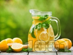 Домашна ябълкова лимонада с лимонов сок и газирана вода (сода) - снимка на рецептата